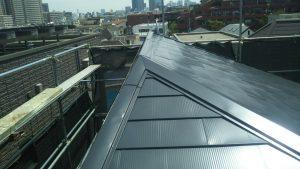 大屋根の施工は完了