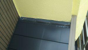 唐草・ケラバを取り付け、屋根材を張っていきます